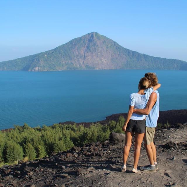 pulau anak krakatau menawan