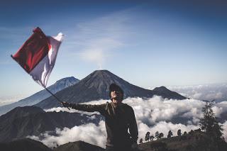 wisata populer indonesia