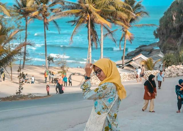 pantai klayar sangat cantik